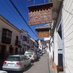 Sucre - la rue des avocats (si les affiches au Qc pourraient redevenir aussi petites et en bois se serait bien)