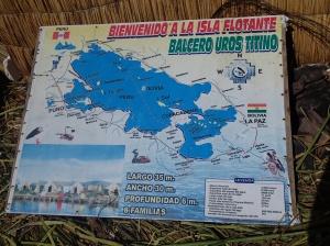 Uros - il y a 65 îles flottantes réparties sur le Lac (Bolivie et Pérou)