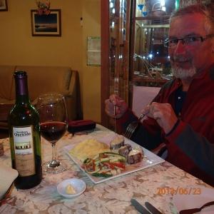 Retour à Puno - Ha un bon souper (...pas de patates!) avec une bouteille de Vino Tinto....ha merde c'est un vin de dessert!!!