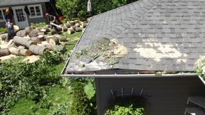 Les dégats: dire qu'on a fait le toit l'an passé ... :-)