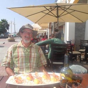 Paracas - Un diner de roi encore....ah monsieur (très de bonne humeur) est encore servi le 1er et cette fois ces crevettes ne sont habillé qu'à moitié