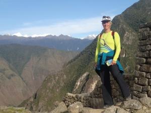 Cusco - Matchu Picchu...çca m'en prenait une photo de moi aussi...mais où il est le Machu?