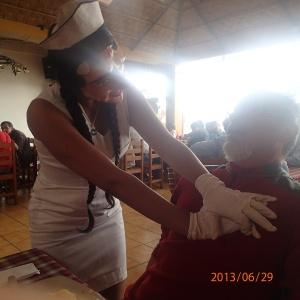 Cusco - ..et Denis s'est fait réanimer par une très jolie infirmière....quoi....ha les gars te trouvent chanceux Denis!