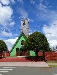 Petite église en bois